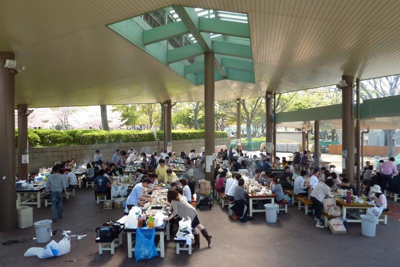 万博公園BBQ広場メイン画像