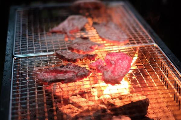 ジューシーに焼ける肉