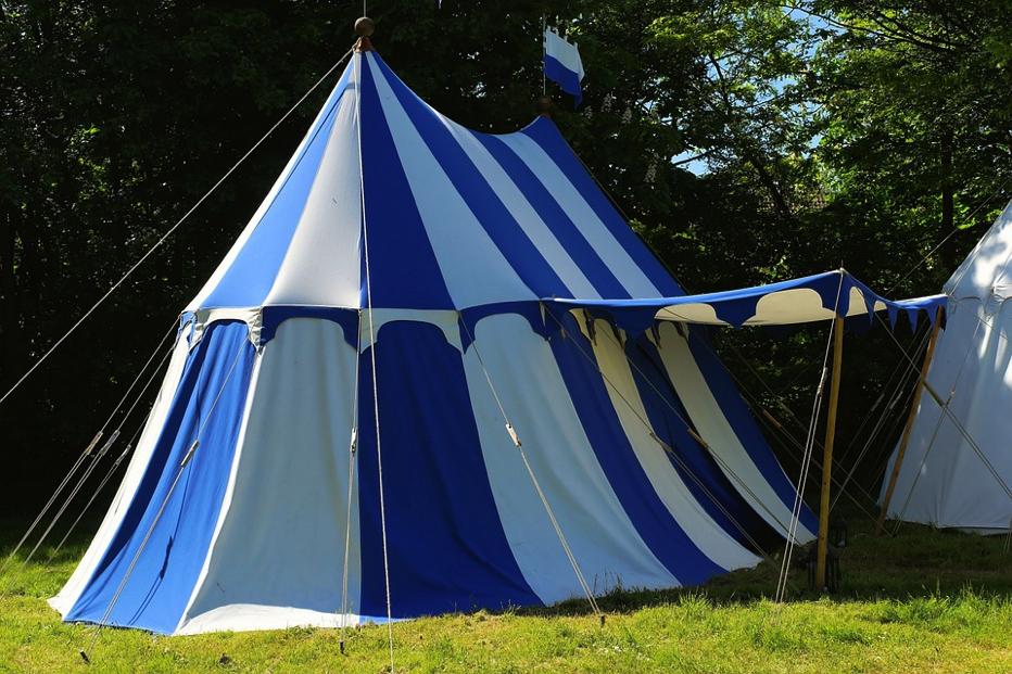 テントの準備